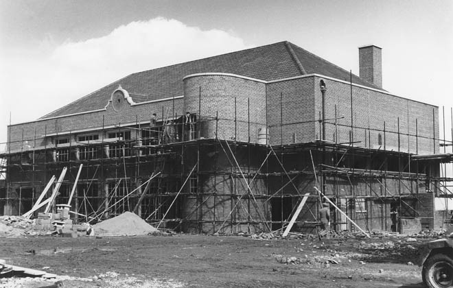 Queen Mother Hall construction